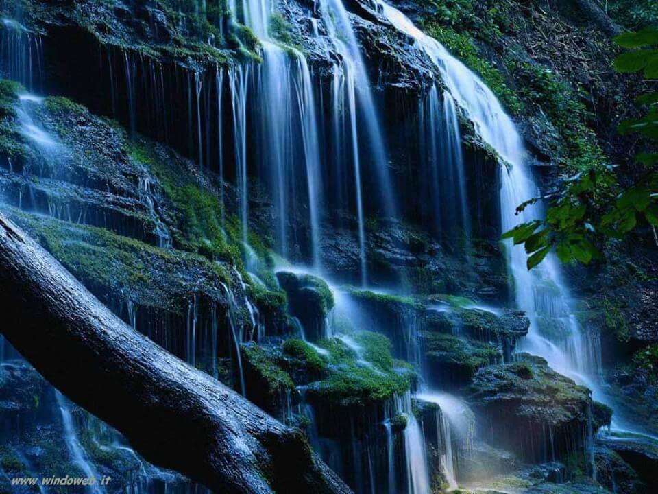 cascata acqua